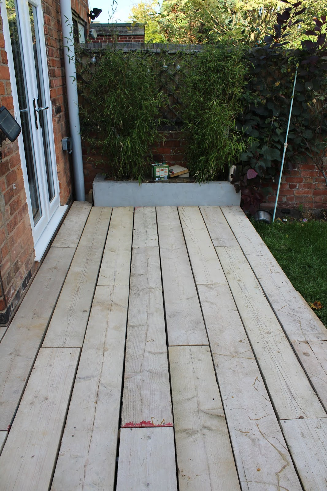 Decking made from Scaffold boards cheaply