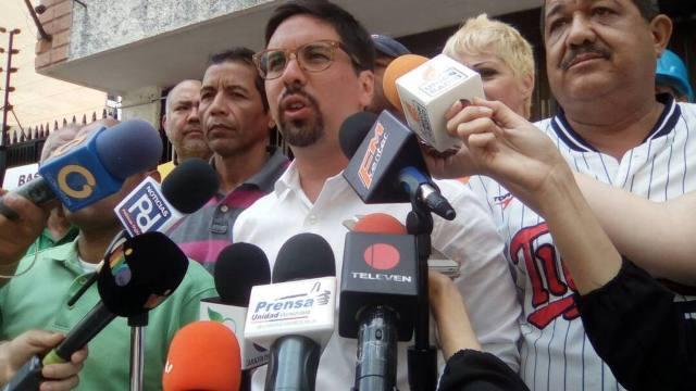"""Unidad convocó """"Doblete Contra la Dictadura"""" hacia el TSJ y el CNE"""