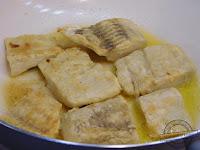 Ryba po grecku, przepis tradycyjny, na obiad, na ciepło, na zimno, ewy wachowicz, magdy gessler, pieczona, dorsz, morszczuk, miruna, biała ryba, jaka ryba do ryby po grecku, wigilia, karp,  śledź, 12 dań, Boże Narodzenie, Święta, krok po kroku, mechanik w kuchni, Fish in Greek, traditional recipe, for lunch, for heat, cold, roasted, cod, hake, hoki, white fish, what fish to fish in Greek, eve, carp, Herring, 12 dishes, Christmas, holidays, step by step, mechanic in kitchen, Fisch auf Griechisch, traditionelles Rezept, zum Abendessen, für Wärme, kalt geröstet, Kabeljau, Seehecht, Hoki, weißer fisch, was Fisch auf Griechisch zu fischen, Vorabend Karpfen, Hering, 12 Gerichte, Weihnachten, Urlaub, Schritt für Schritt, Mechaniker in der Küche Рыба на греческом, традиционный рецепт, на ужин, для тепла, Холод, жареные, треска, хека, макруронус, белая рыба, какая рыба ловить рыбу по-гречески, канун карп, сельдь, 12 блюд, Рождество, праздники, шаг за шагом, механик на кухне