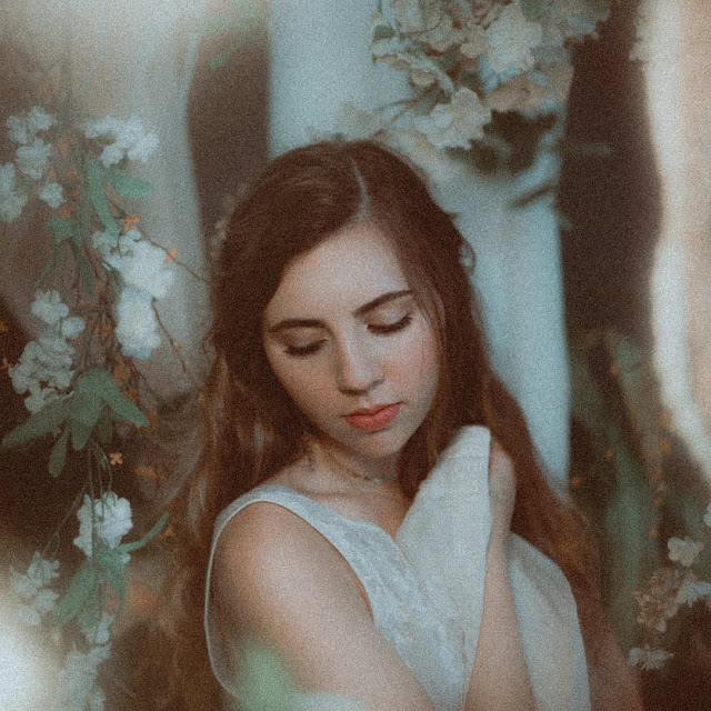 Peyton Stilling Unveils New Single 'Forest Through The Trees'