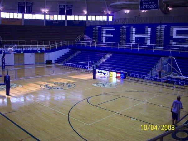 New Castle High Crowd School Gym