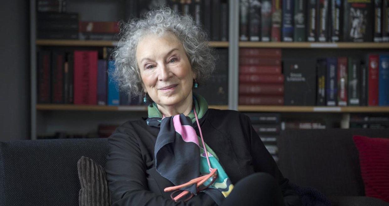 Margaret Atwood Biografia