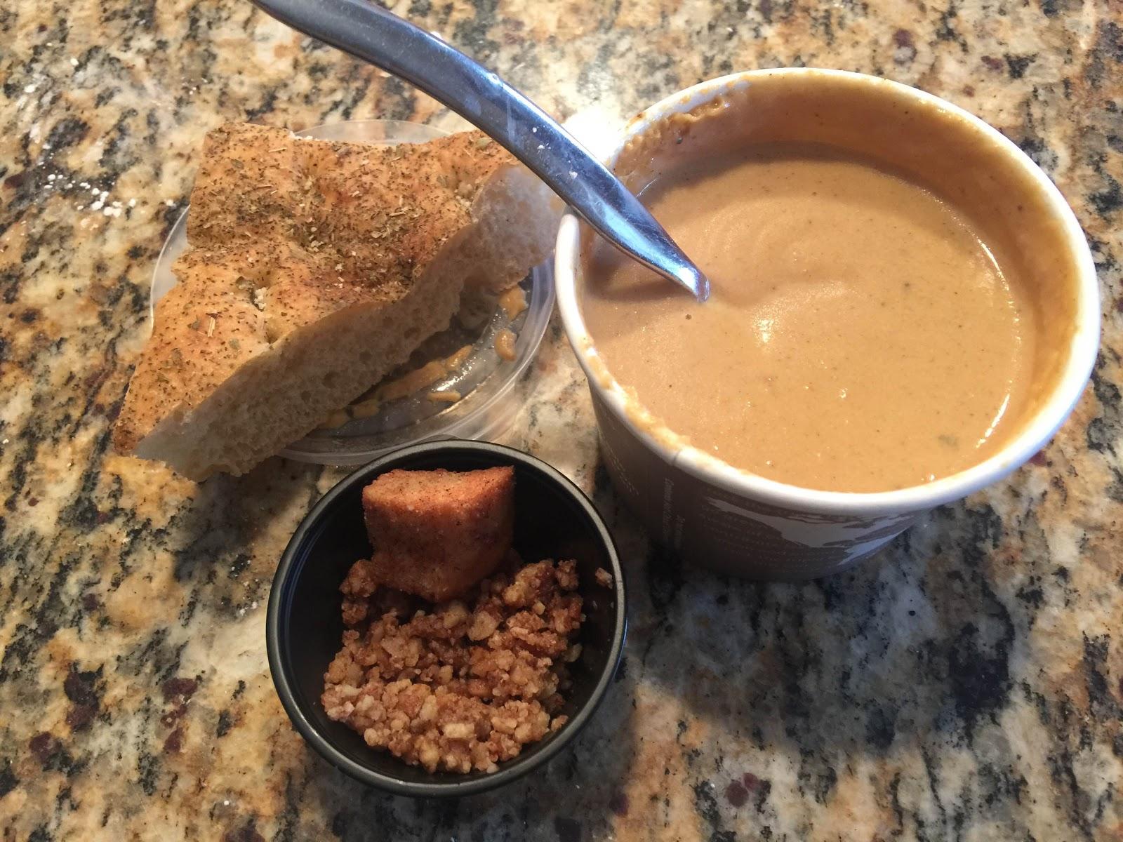 Kitchen Cheetahs: Copy Cat Kneader's Autumn Bisque Soup