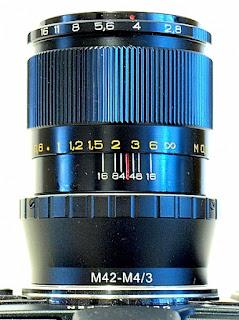Industar 61 L/Z 50mm f/2.8, Top