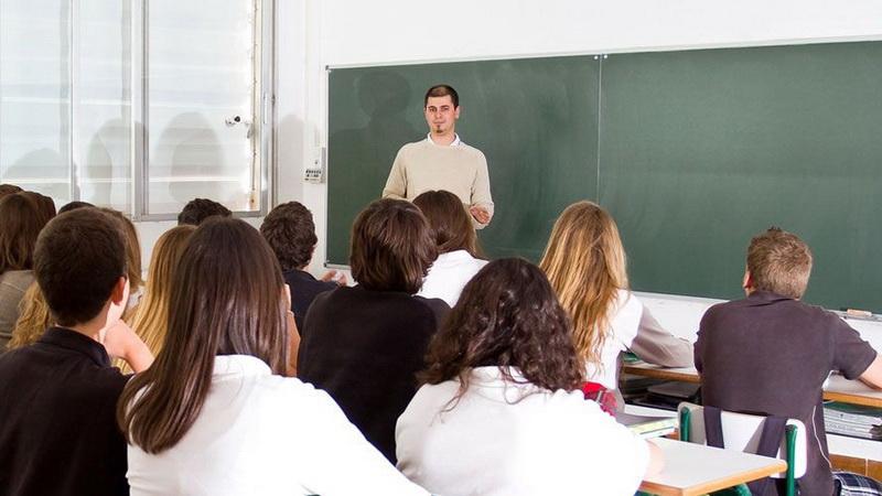 Δωρεάν μαθήματα σε μαθητές Γυμνασίου και Λυκείου από τη Λαϊκή Επιτροπή Αλεξανδρούπολης