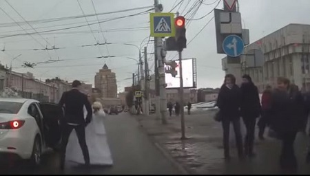 Unbelievable! Newlywed Couple Filmed Fighting Immediately After Their Wedding (Video)