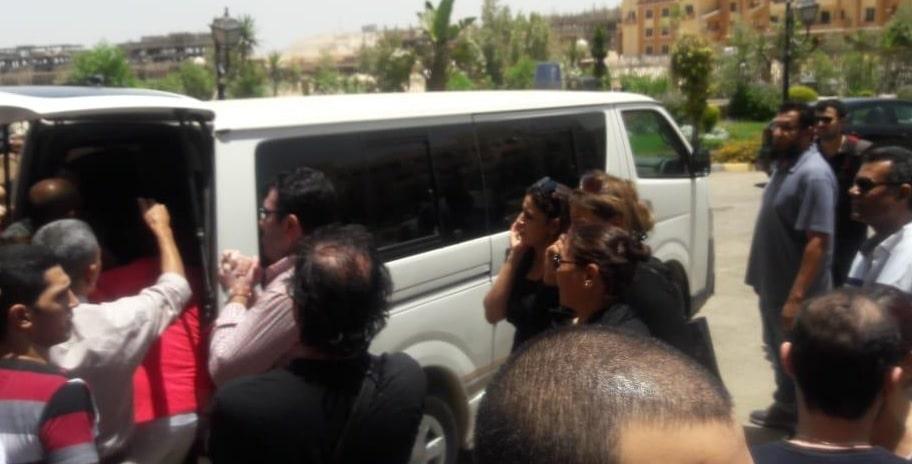 بعد ساعات من وفاة ماهر عصام.. تعرض فنانة شهيرة لأزمة صحية مفاجئة ونقلها إلى العناية المركزة في حالة حرجة