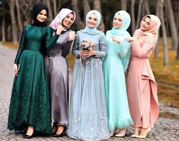 10 Tutorial Hijab Segi Empat Paling Hits Untuk Pesta Pernikahan