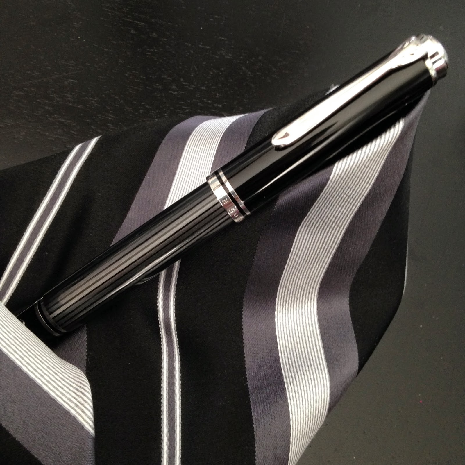 Pelikan Souverän 805 Stresemann Fountain Pen Review
