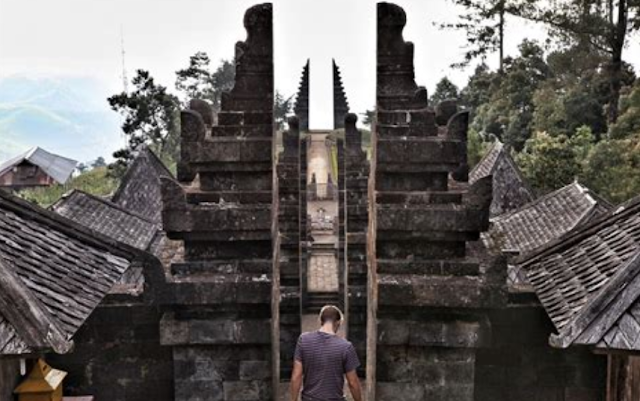 Tempat Wisata Candi Sukuh, Candi Kethek, Candi Cetho