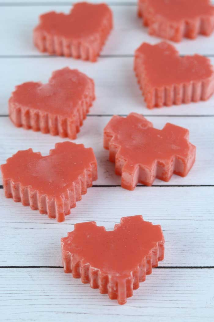These diy soy wax melts are so easy to make!  Soy wax melts diy are made with a natural chocolate fragrance for Valentine's Day.  Scented wax melts give your home a pleasant scent.  Make dyi wax melts to naturally scent your home.  These homemade scented wax melts can be made in under an hour.  Wax melts diy recipes like this can be made with your choice of scent.  These natural wax melts use a natural fragrance oil and soy wax.  Learn how to make wax melts.  #waxmelts #soywax #diy #chocolate #naturalwaxmelts #ecofriendly