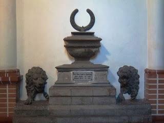 Cripta de Agualongo en Pasto