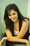 Anasuya latest sizzling photo shoot-thumbnail-13