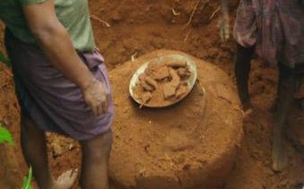 Burial urn of Megalithic era unearthed in Kerala