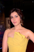 Raashi Khanna At Zee Cine Awards Telugu 2018