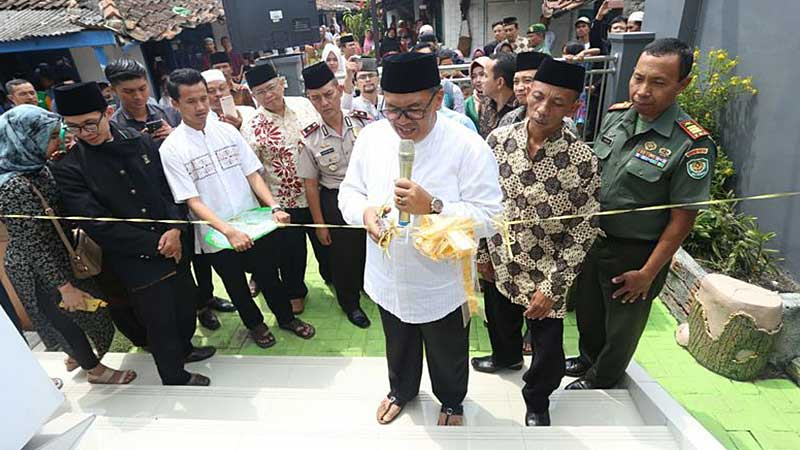 Oded Resmikan Masjid Alfatah Murni Hasil Swadaya Masyarakat