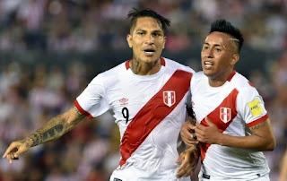 Guerrero e Cueva fizereram boa dupla na seleção / Foto: UOL