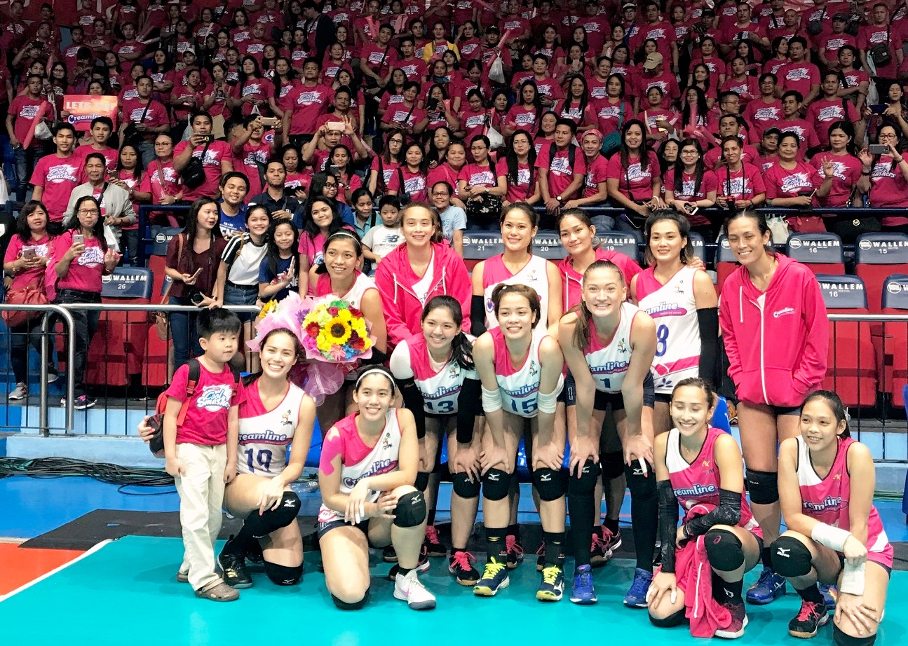 This is E-Life: Creamline Cool Smashers enjoy Rebisco family support