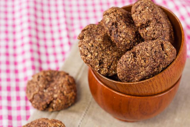 Posni keks sa zobenim pahuljicama i kokosom