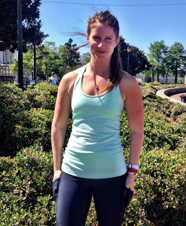 http://www.anrdoezrs.net/links/7680158/type/dlg/http://shop.lululemon.com/products/clothes-accessories/tanks-no-support/Cool-Racerback-30193?cc=0002&sli=1