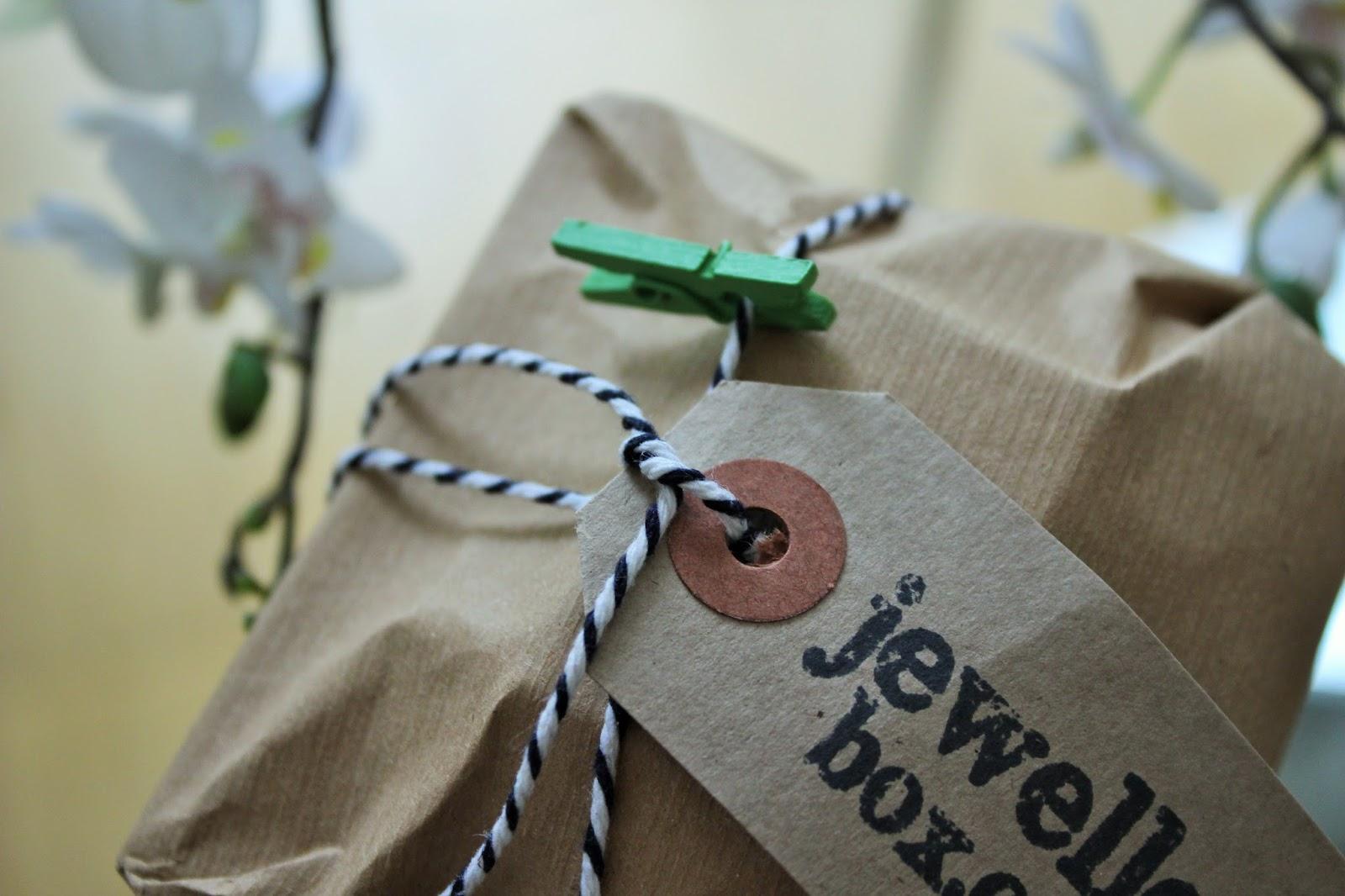 JewelleryBox.co.uk 2