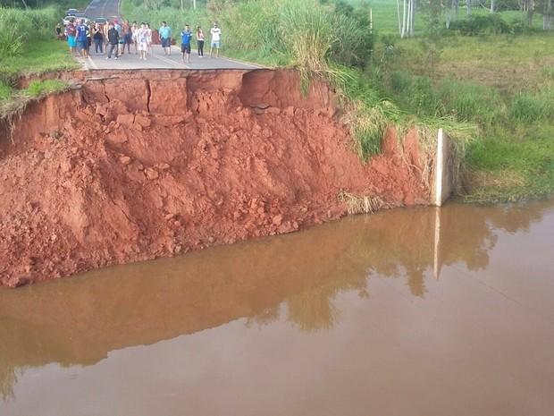 Ponte que liga Catanduva a Novais será reconstruída