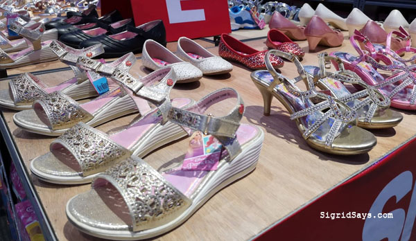 SMX Shoes and Bags Sale - SMX Convention Center - SM City Bacolod - Bacolod blogger - luggage -Shane - Disney Princess shoes