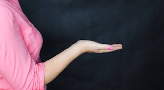 resiko-hamil-dan-melahirkan-di-usia-muda