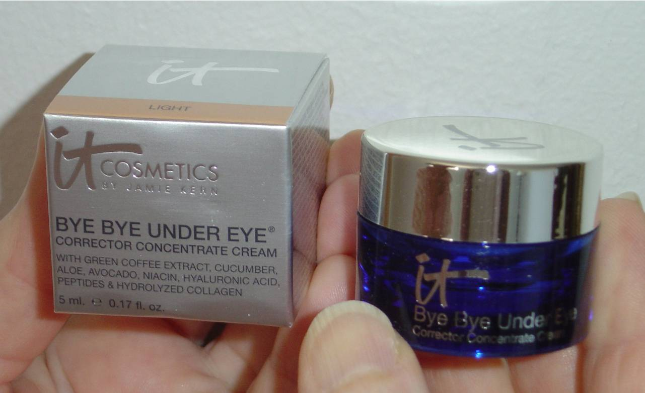 IT Cosmetics Bye Bye Under Eye Corrector Concentrate Cream.jpeg