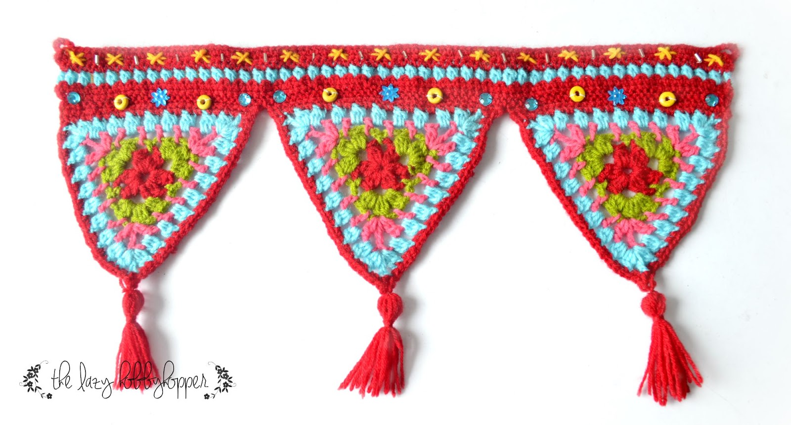 The Lazy Hobbyhopper Crochet Triangles Wall Hanging