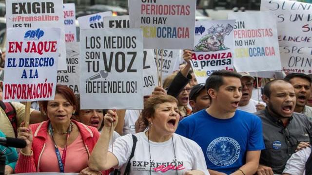 En Venezuela hay periodistas que ganan menos de sueldo mínimo
