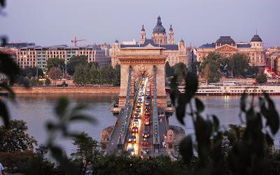 Lánchíd; Budapest, Hungary