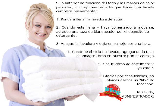 mujer carga ropa recién lavada