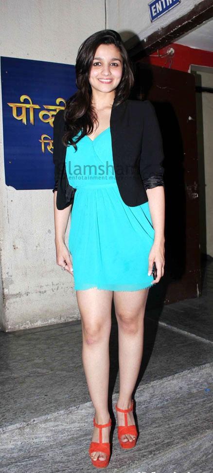 Alia Bhatt Looking Dashing In Beautiful Blue Dress Alia Bhatt