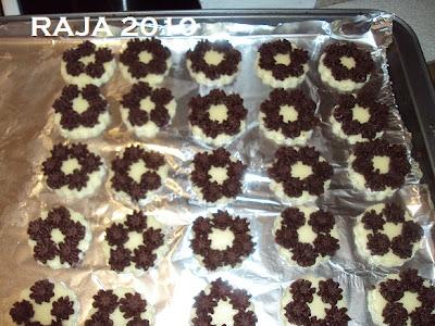 حلويات عيد الفطر جزائرية  بلاطو لاشكال عديدة بعجينة واحدة بالصور 6.jpg
