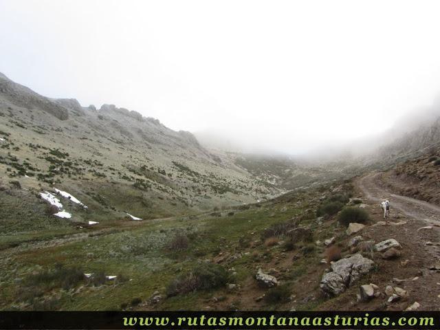 Ruta al Cerro Pedroso: Parte alta del valle de Valmeán