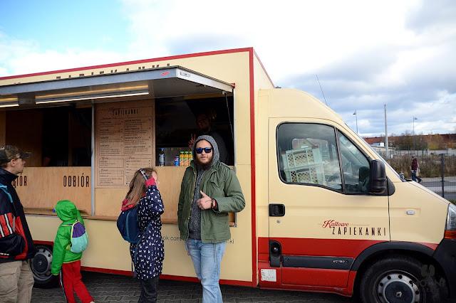 Zdjęcie: Foodtruck Kultowe Zapiekanki i organizator Darek