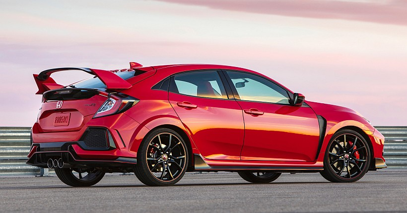 Officially... the 2017 Honda Civic Type R Price is revealed !