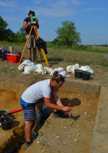 Neanderthal flint knapping site discovered in the southern Poland