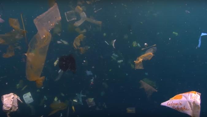 penyebab pencemaran laut