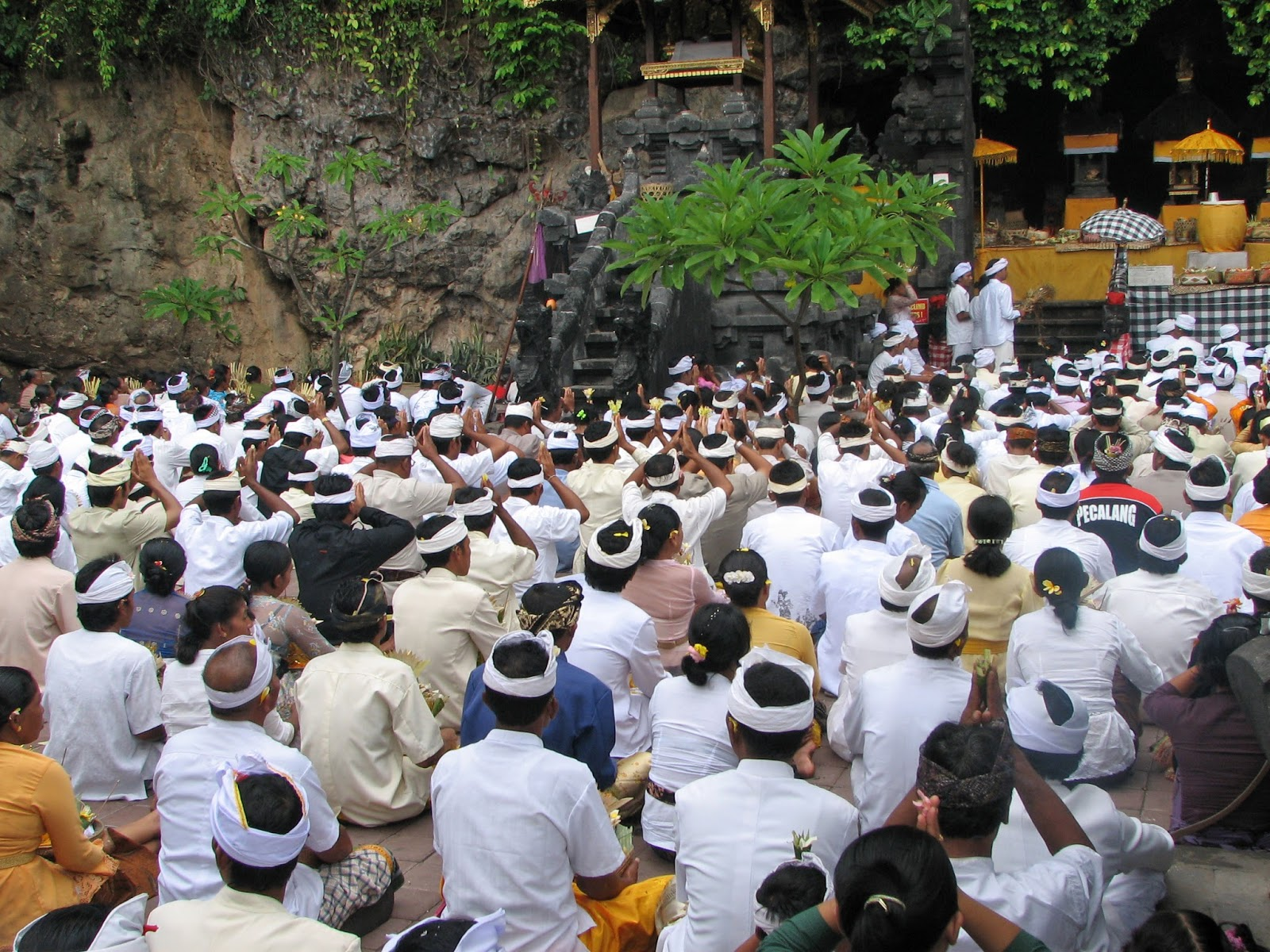 Peninggalan Pengaruh Serta Akulturasi Kebudayaan Hindu Buddha Di