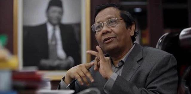 Mahfud MD: Polisi Boleh Bubarkan Ceramah, Asal...
