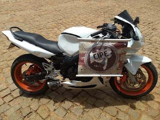 Moto de alta cilindrada
