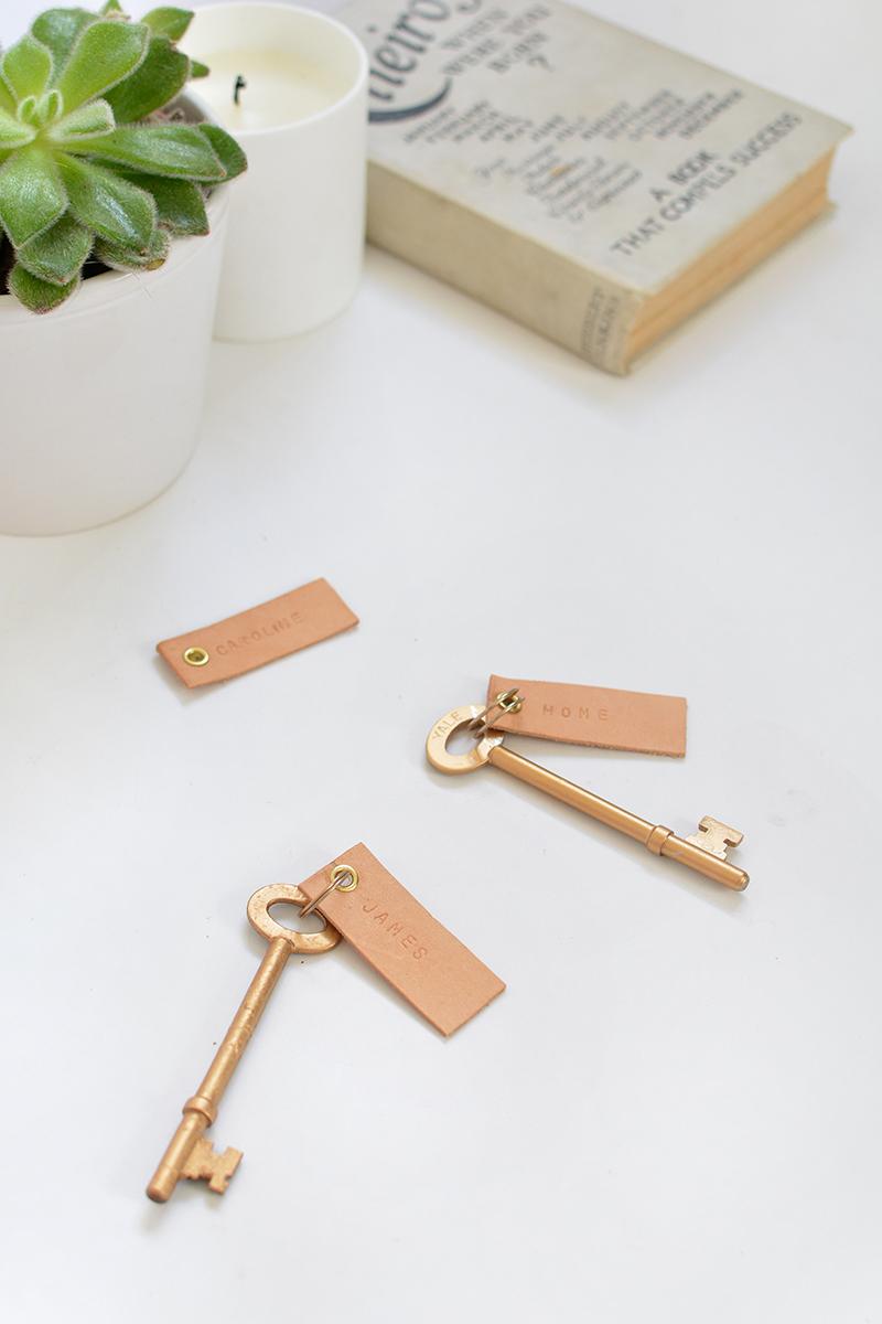 personalised leather keyrings tutorial- gift ideas