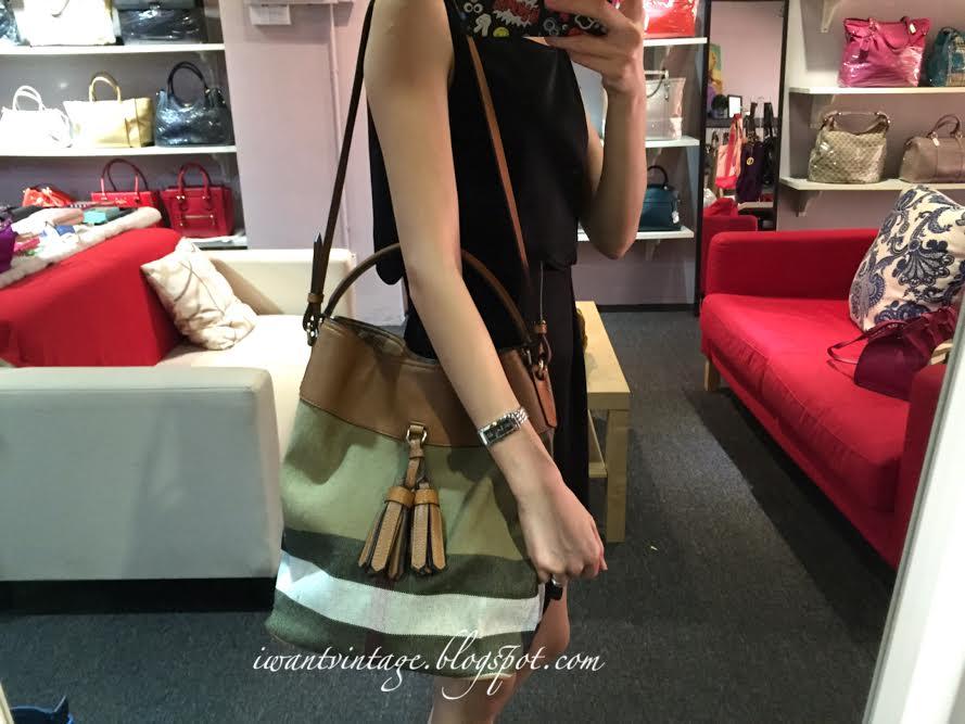 Burberry Medium Ashby Bucket Bag-Tan 6f6afeddf2c2a