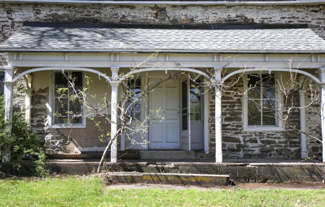 1722 stone farmhouse in Hudson River Valley - found on Hello Lovely Studio