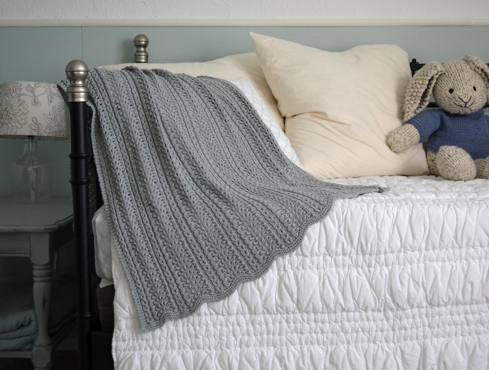 cozy birdhouse | shale baby blanket