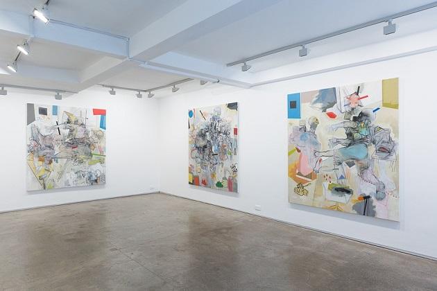 Installation view: Before you Split the Ground. | obras de arte abstracto contemporaneo, pinturas abstractas, exposiciones | art selecta pictures inspiration