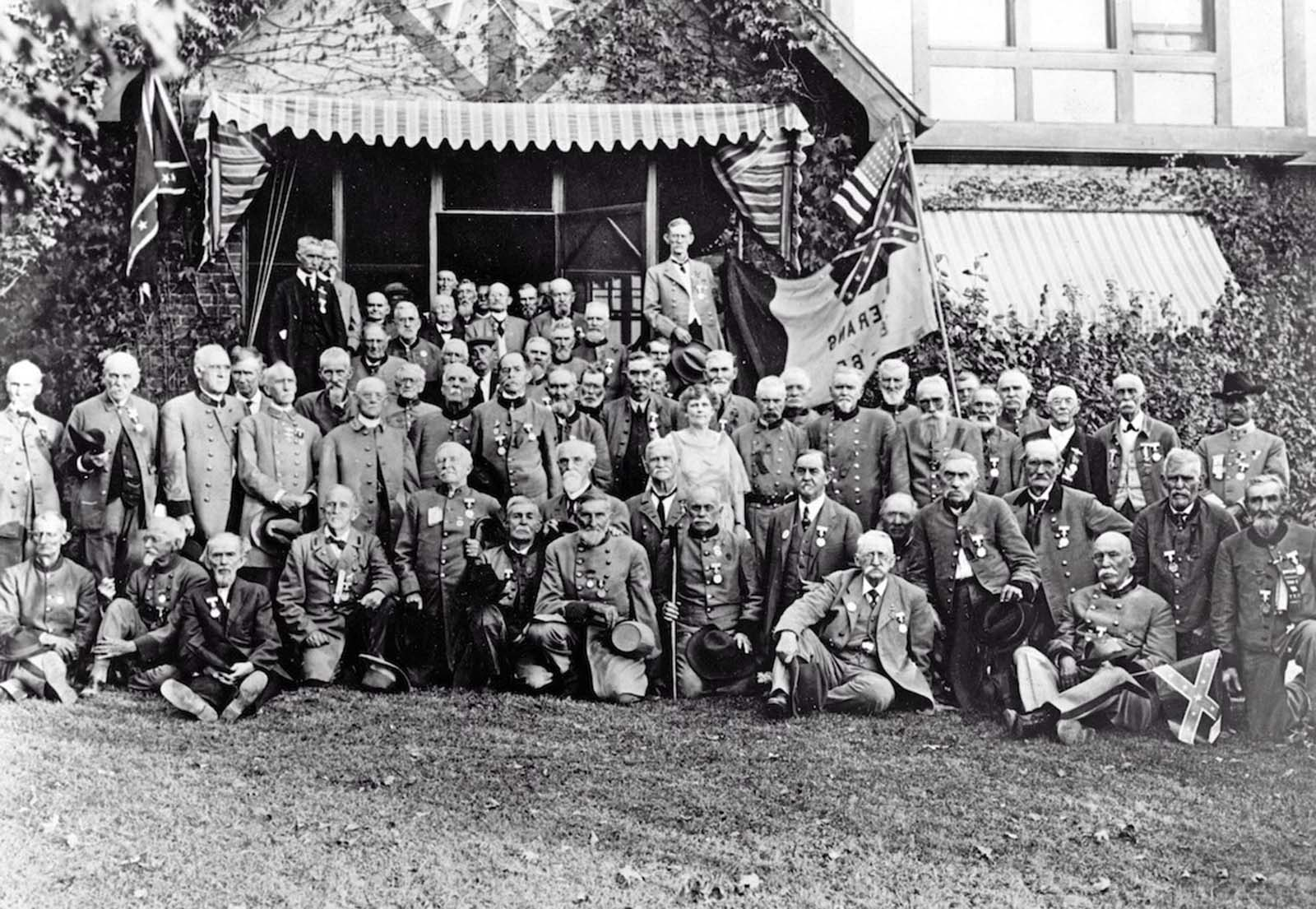 Chattanooga, Tennessee — A group of Confederate cavalry veterans gather at a reunion. 1921.