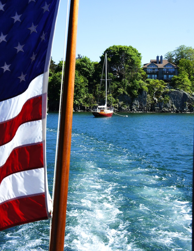 Classic Cruises of Newport, Rum Runner